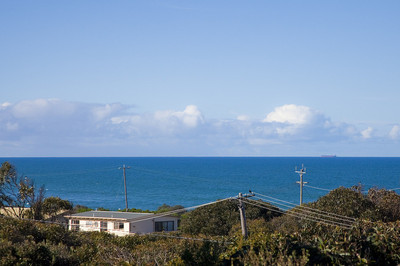 SEA VIEWS, VERY CLOSE TO THE BEACH AT AN AFFORDABLE PRICE