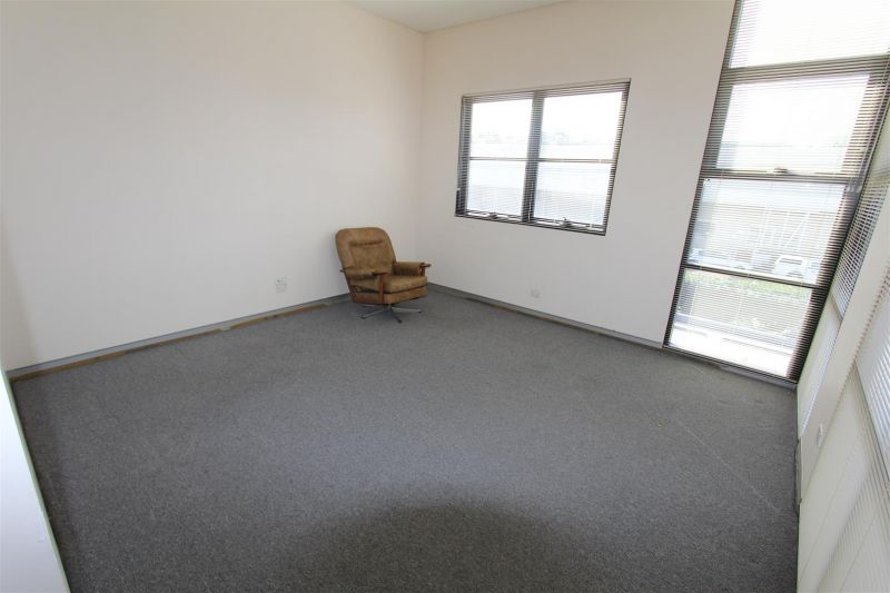 FOR LEASE - IDEAL STARTUP OFFICE SPACE