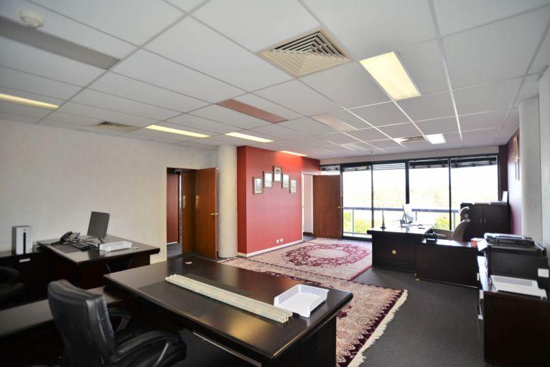 150m2* Corporate Office Suite in Springwood