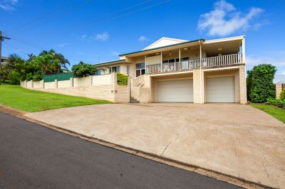 DOUBLE STOREY BRICK HOME + 3 CAR ATTACHED GARAGE WITH VIEWS TO TAKE YOUR BREATH AWAY!