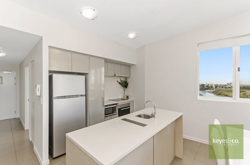 49 and 73/2-4 Kingsway Place, Townsville City