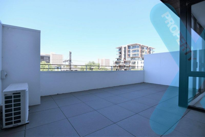 1 Bedroom Apartment with Large Terrace