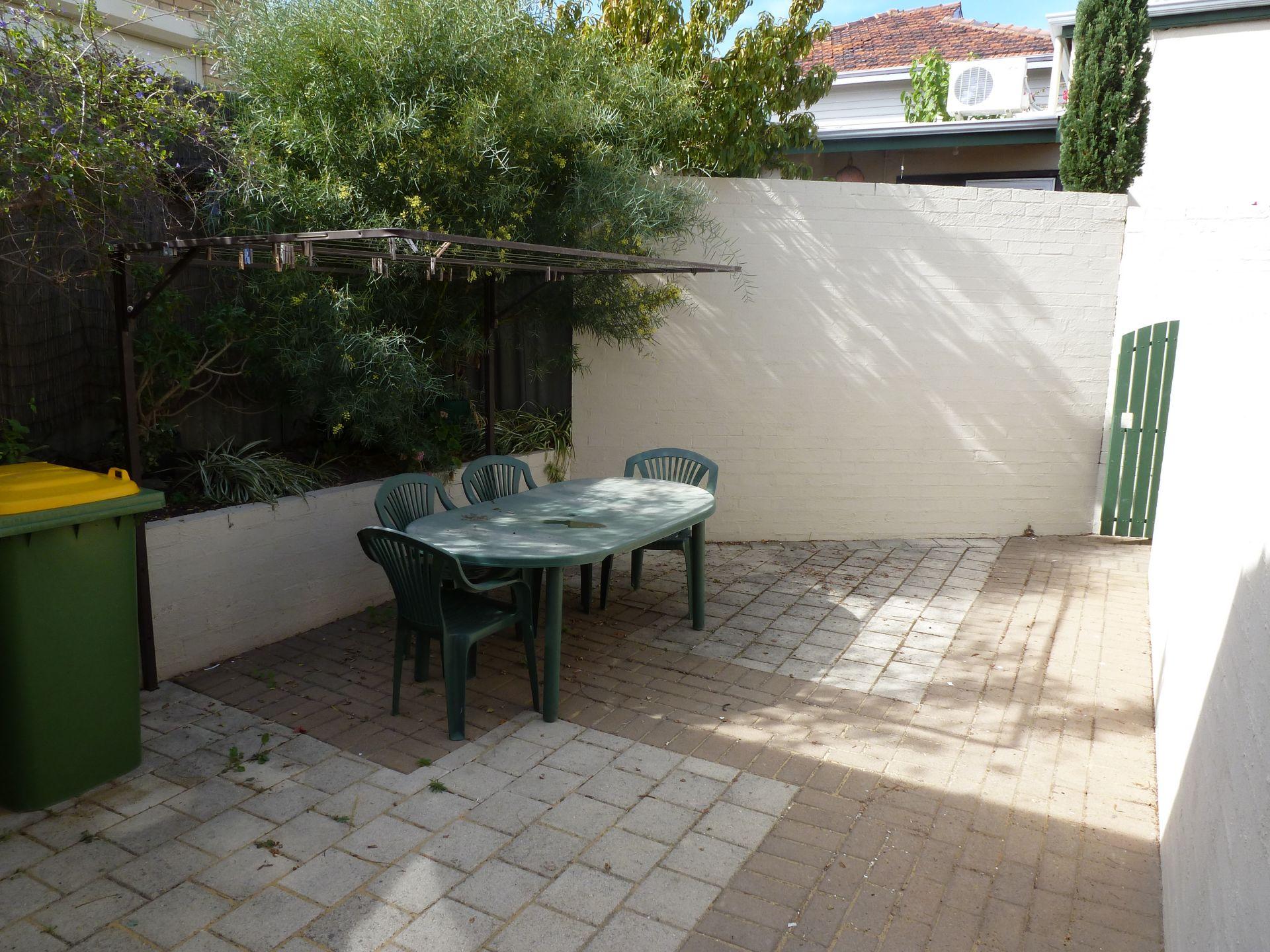 3/2 McLaren Street, South Fremantle