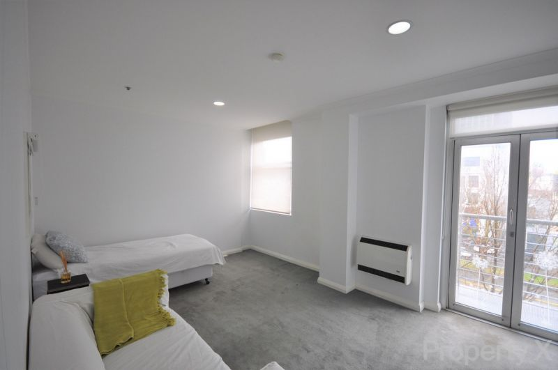 Perfect Location! Two Bedroom Apartment!