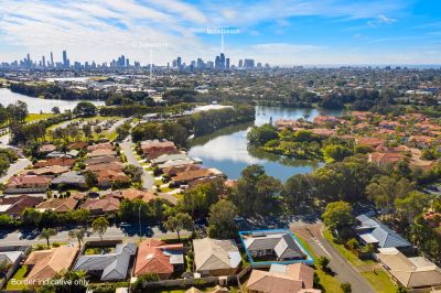 Gorgeous Hamptons home in Robina Quays!