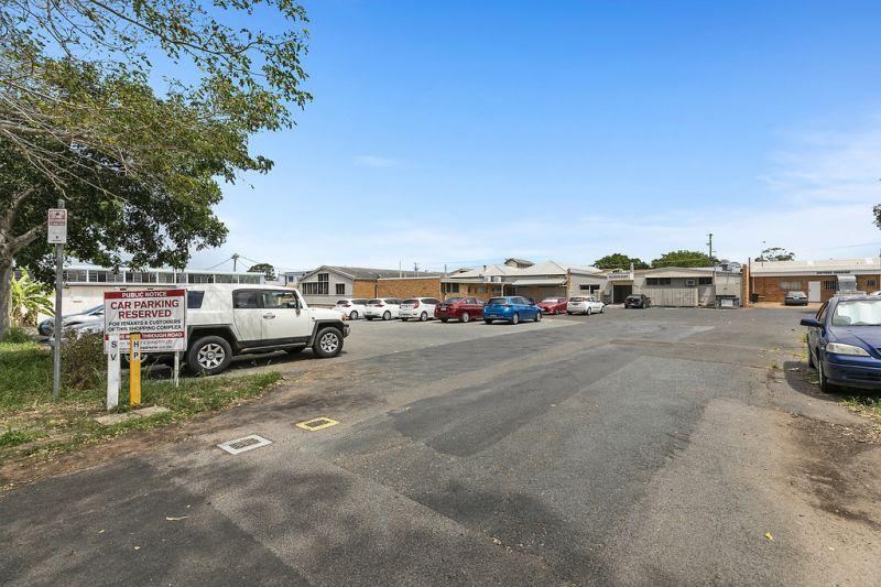 Hervey Bay CBD Development Site With Holding Income
