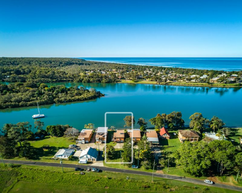 Unique Opportunity To Live The Waterfront Dream