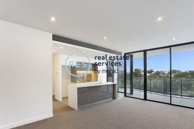 Premium North-Facing 3 Bedroom Apartment in Parkside Location