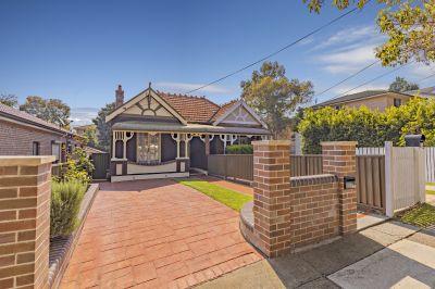 Inviting semi-detached double brick federation home