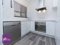 Renovated 2 bedroom home backing on to Parklands