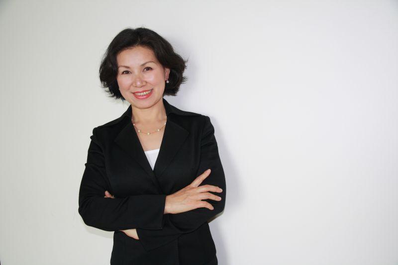 Christina Wang Real Estate Agent