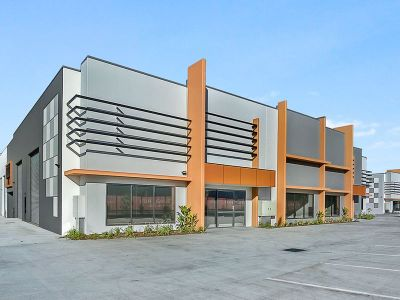 Unit 11 - Commercial Warehouse 337SQM FOR LEASE