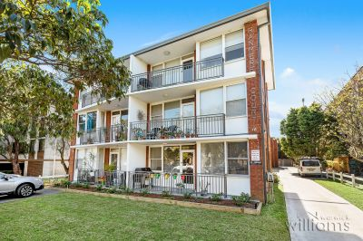 Fantastic lifestyle opportunity or astute investment