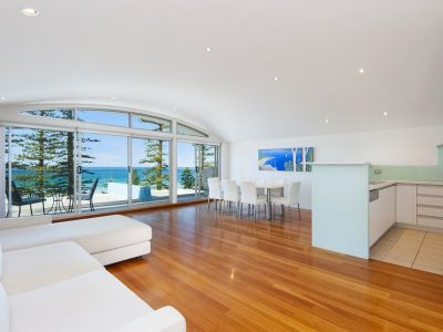 Stunning Manly Beachfront Penthouse