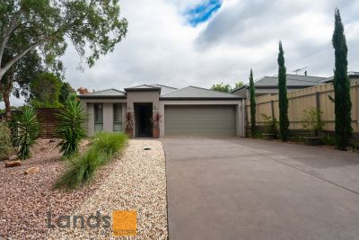 Stunning Family Home in Leafy Redwood Park