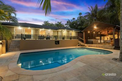 Fantastic Entertainer with Pool and Usable Land