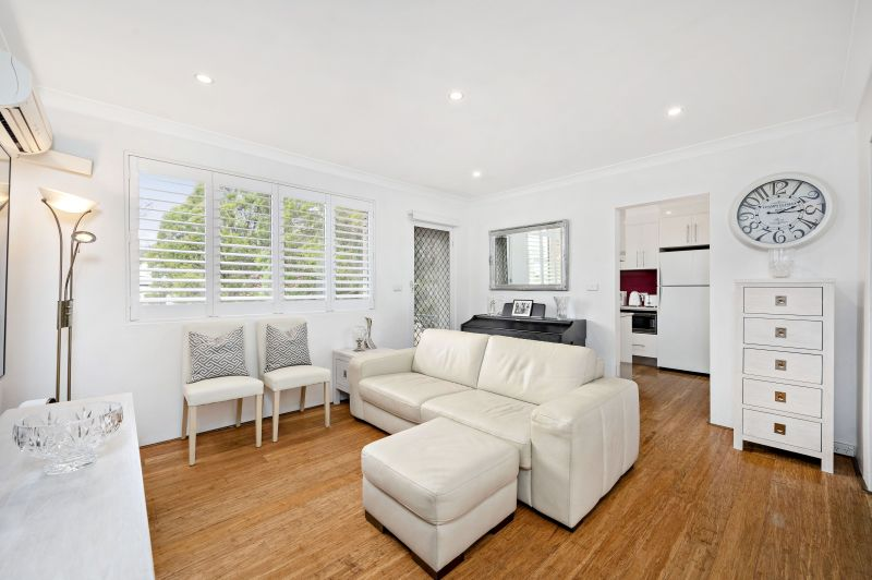 Immediately Inviting ... Price Guide $590,000 - $640,000