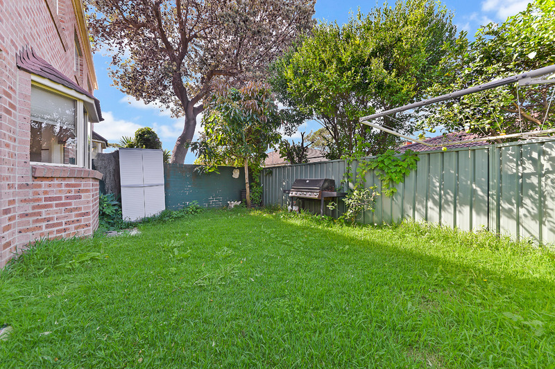 (Investors Wanted) Two Duplexes, One Title!