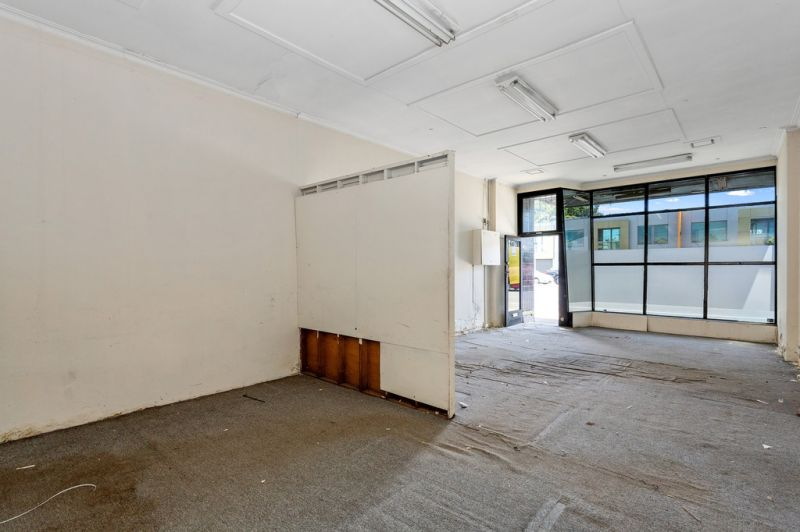 STAND ALONE SHOP / OFFICE WITH UPSIDE – OCCUPY OR INVEST!