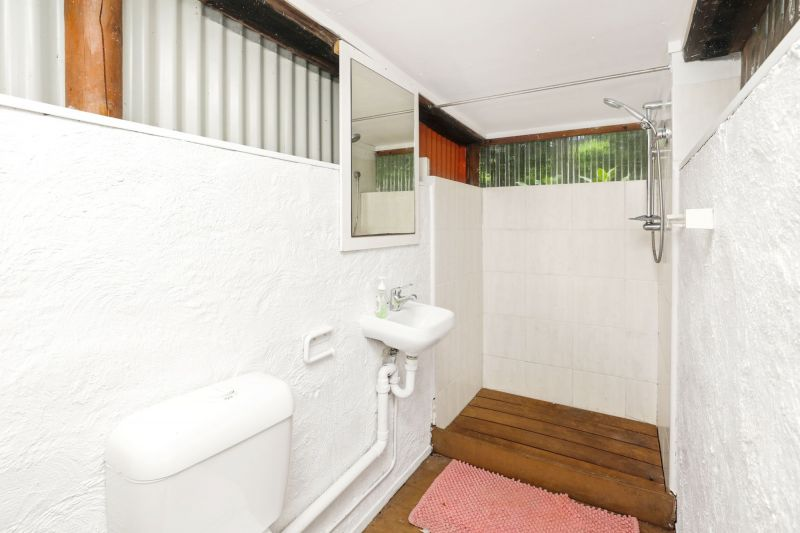 For Sale By Owner: 54 Robb Road, Redlynch, QLD 4870