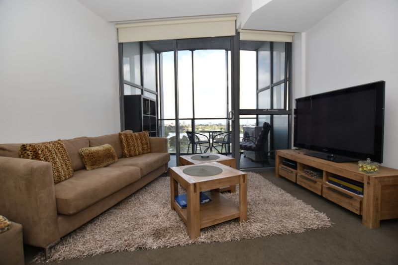 Spacious Fully Furnished 1 Bedroom Home with Bay Views!