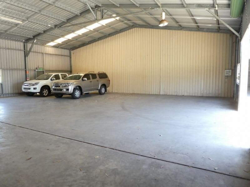 325m2* Of Light Industrial Warehouse