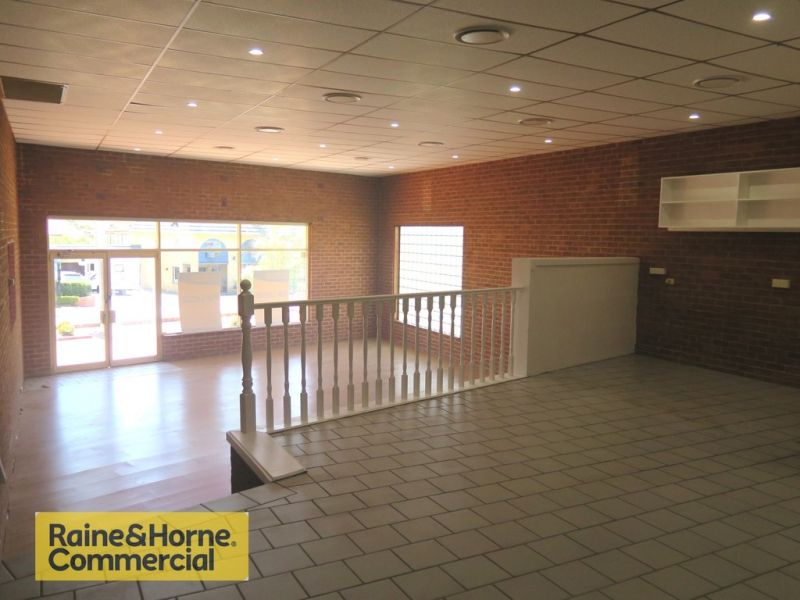 Cafe / Retail Food with Kitchen 160m2