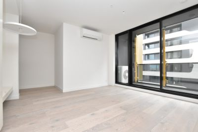 Empire: Gorgeous BRAND NEW One Bedroom Apartment!