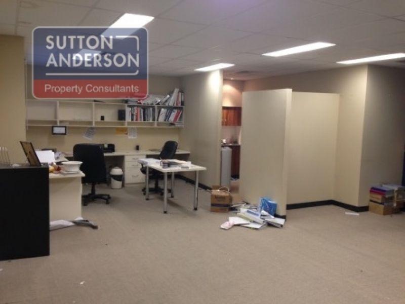 AUCTION - Unit 9, 2-6 Chaplin Drive - Fantastic Office/Warehouse/Production Space