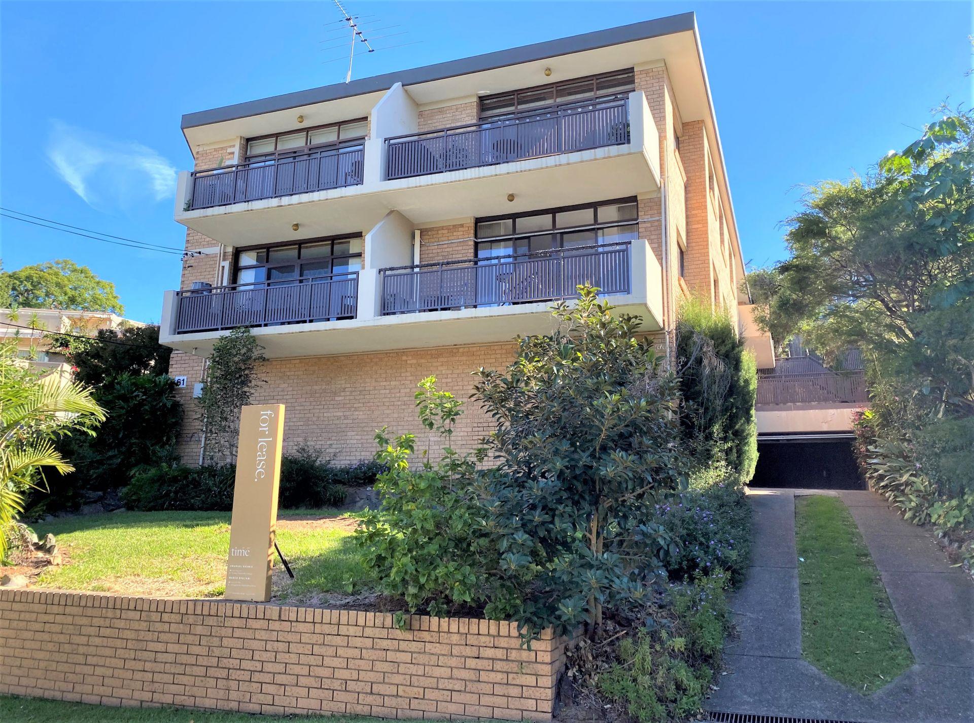 2/61 Walton Crescent, Abbotsford NSW