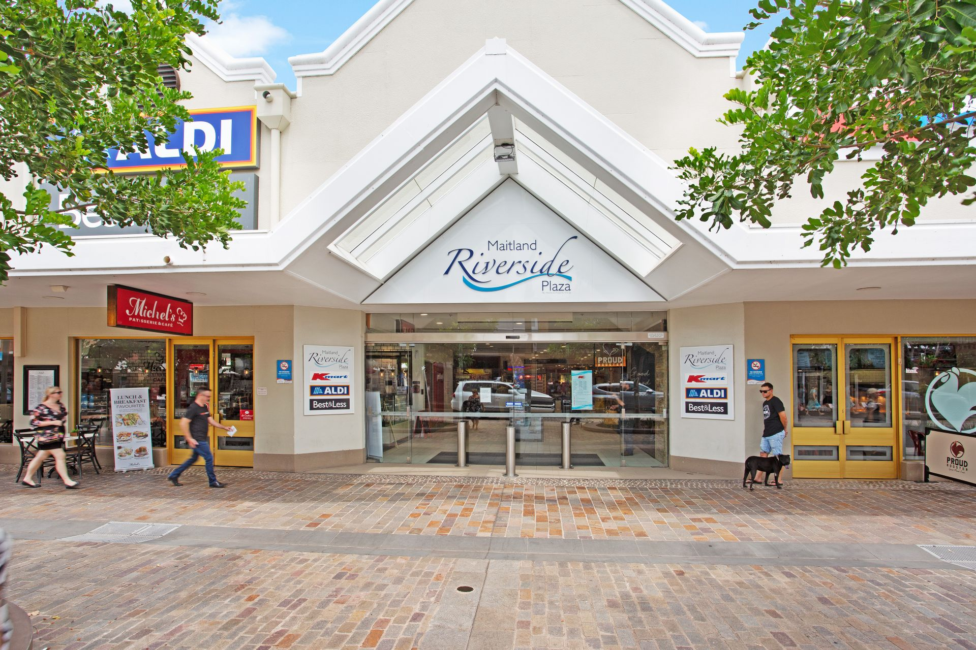 Major Retail Opportunity!
