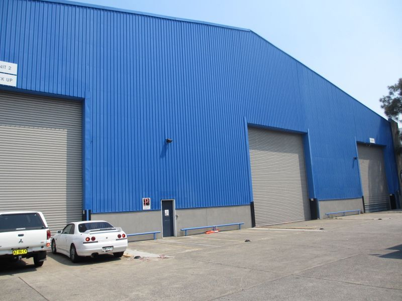 High Clearance, Warehouse Only For Lease in Mascot