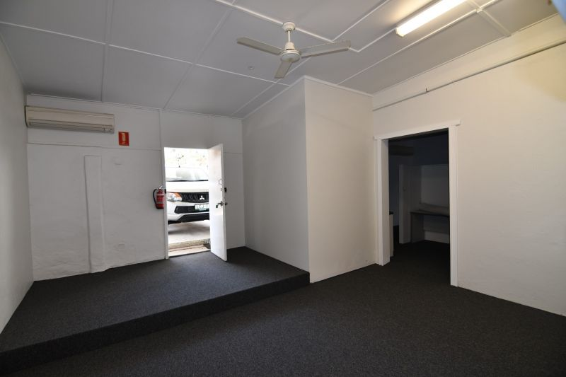 Flinders Street West office or retail space opposite new Central Qld University Campus