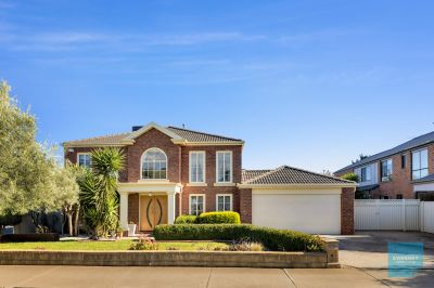 Pure family indulgence perfectly positioned with park frontage!!