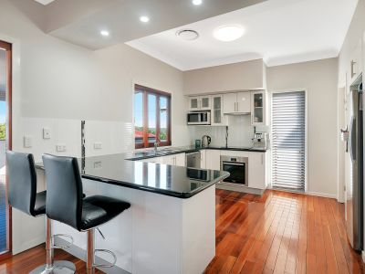 Renovated Beauty In Dress Circle Woodend!