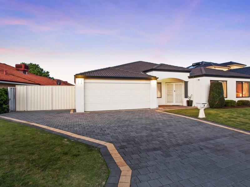 8 Ashmore Avenue, Canning Vale