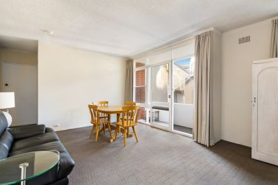 Oversized Apartment offers Private Balcony + Security Parking. Superb Investment/Home Buy!