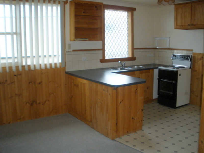 For Sale By Owner: 47 Colegrave Rd, Upper Burnie, TAS 7320