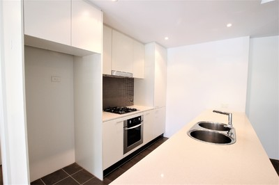 Spacious Two Bedroom Unit with Parking & Storage