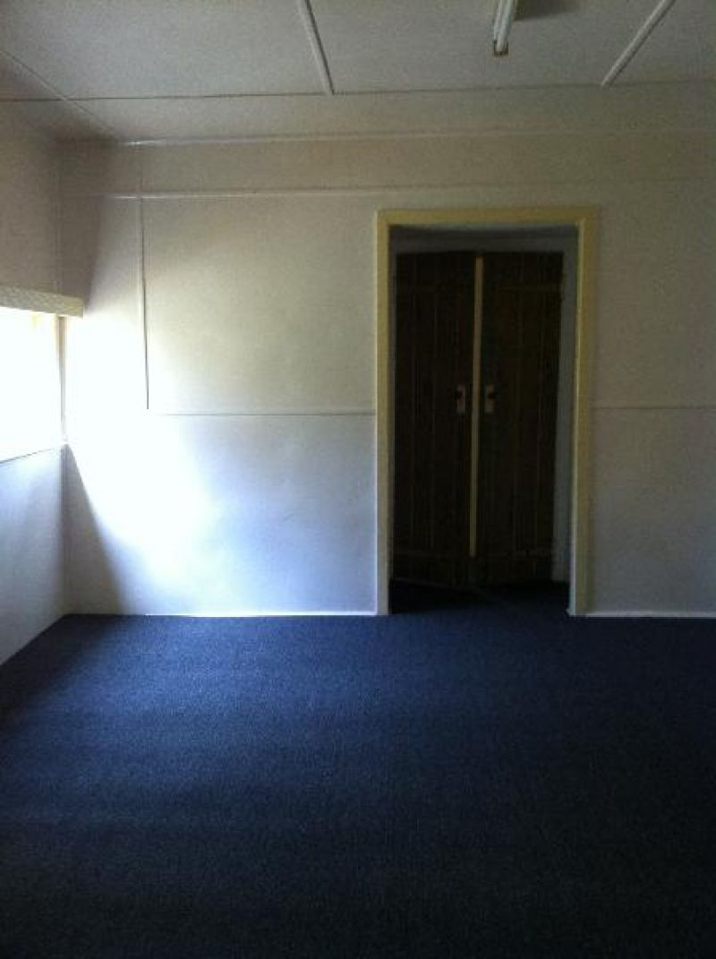 COMMERCIAL OPPORTUNITY (2 titles, SHOP FRONTS  WITH RESIDENCE)