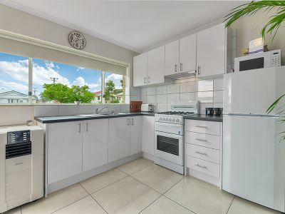 APPLICATION APPROVED Renovated unit in Great Location