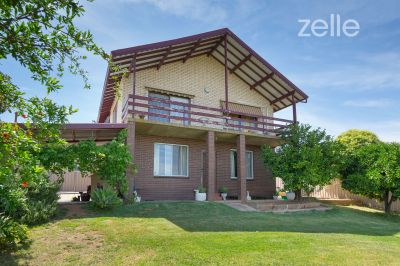 583 Whinray Crescent, East Albury
