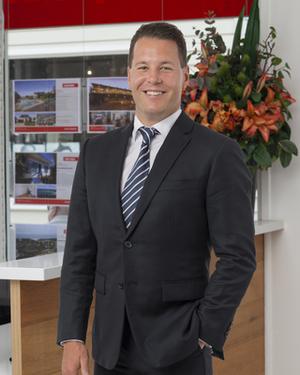 Simon Bogdanov Real Estate Agent