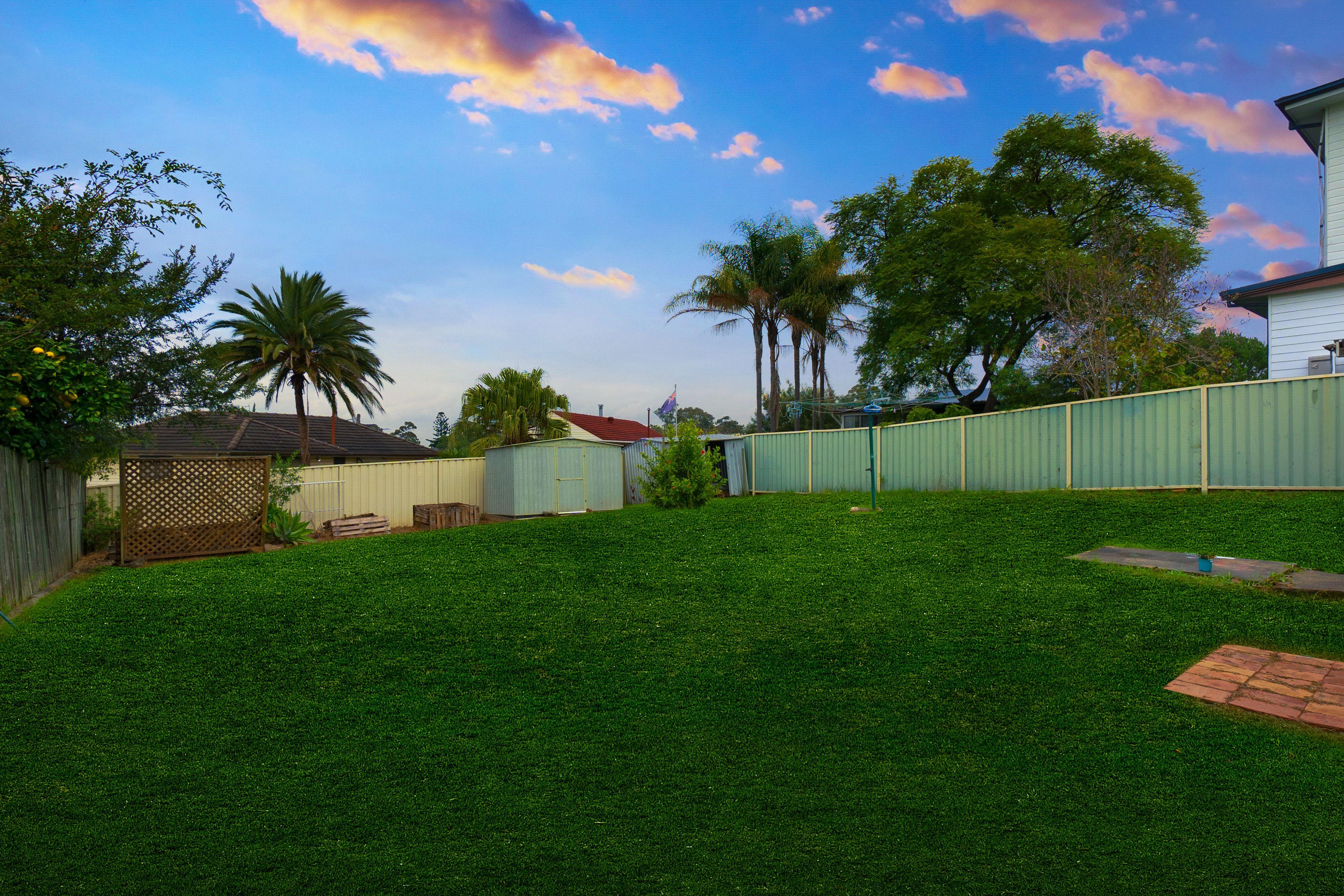 16 Noakes Parade, Lalor Park NSW 2147