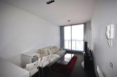 Milano: 30th Floor - Top Quality and Superb Location! L/B