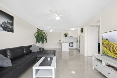 Huge 1 bedroom apartment in central location