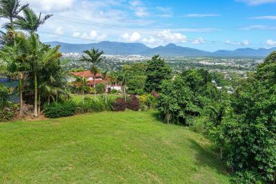 Prestigious Location with Rainforest Backdrop & Views