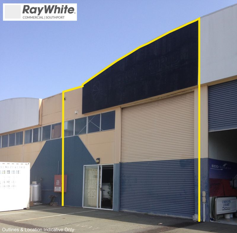 High Clearance Commercial Showroom/ Warehouse