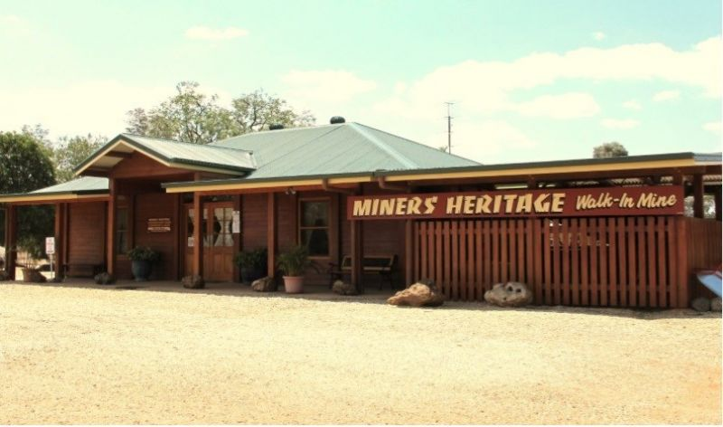 Freehold Lifestyle Business & Home.  Miners Heritage Tourism Business