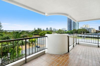 Broadwater Beauty-South East Aspect-Prime Position